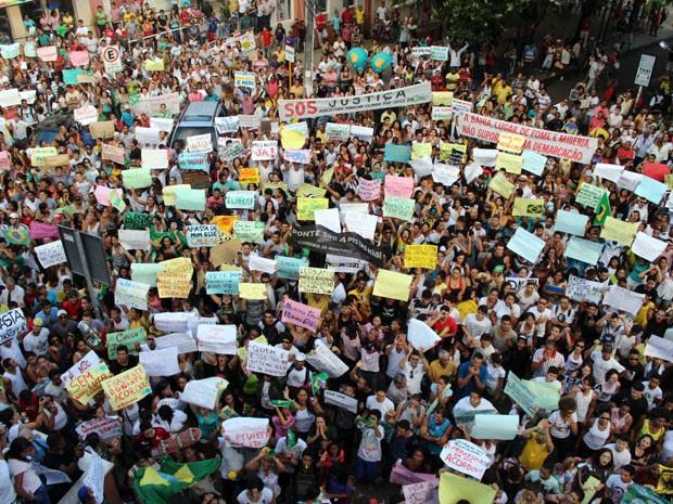 Manifestação Ilhéus (Foto: Alfredo Filho/Vc no G1)