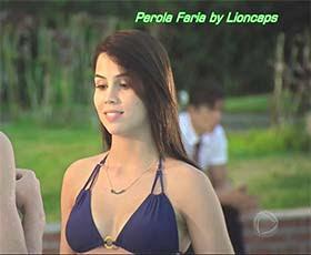 Perola Faria sensual na novela Rebelde