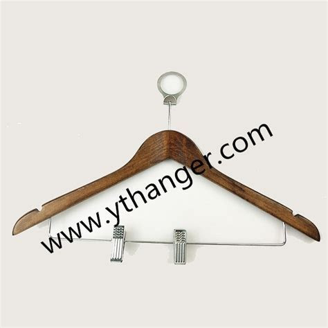 Easy to use China hanger supplier hotel anti theft wooden