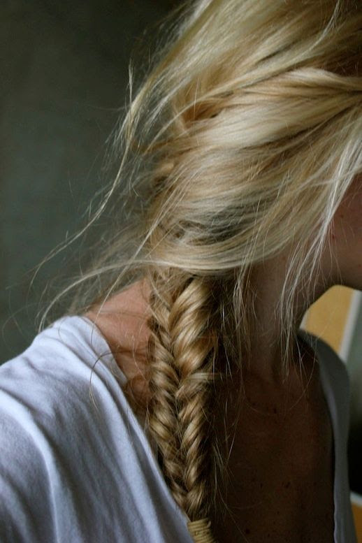 Le Fashion Blog -- 30 Inspiring Fishtail Braids -- Loose Side Braid Hair Style -- Via Hunter Spruce -- photo 25-Le-Fashion-Blog-30-Inspiring-Fishtail-Braids-Loose-Side-Braid-Hair-Style-Via-Hunter-Spruce.jpg