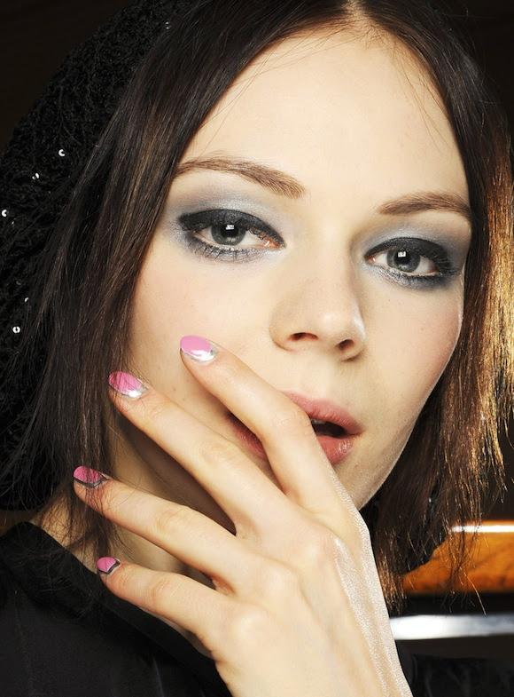 Chanel-Nail-02