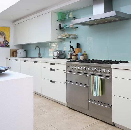 Sleek, Simple and Modern White Kitchen | Simplified BeeSimplified Bee