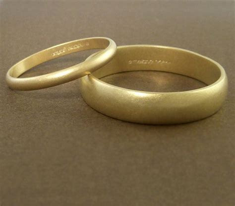 Gold Wedding Band Ring Set Handmade   Personalized 2mm and