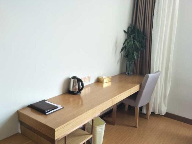 Vatica Anhui Liuan Jinzhai County Dabie Hill Logistics Park Hotel Reviews