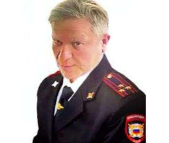Власть России продолжает бороться с крысами в погонах