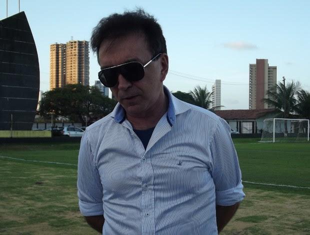 Rubens Guilherme, presidente do ABC (Foto: Tiago Menezes)