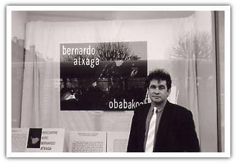Bernardo Atxaga en la presentación de Obabakoak en Francia