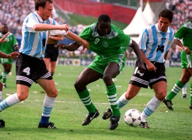 Rsheed Yekini playing for Nigeria in world cup vs argentina