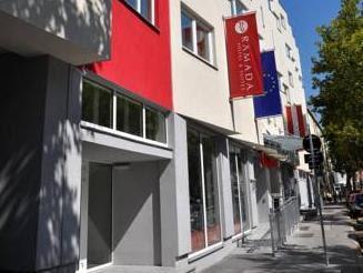 FourSide Hotel & Suites Vienna Reviews