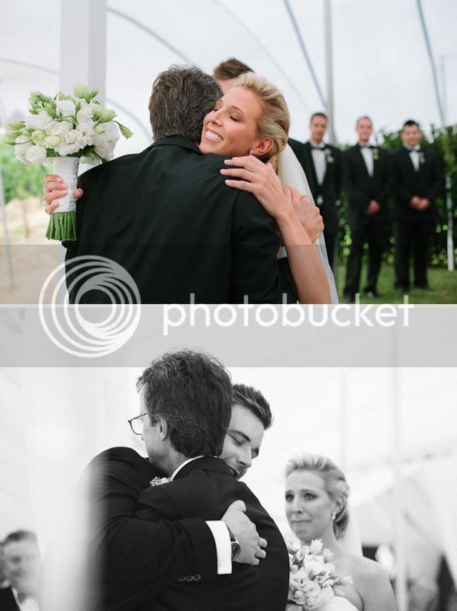 http://i892.photobucket.com/albums/ac125/lovemademedoit/welovepictures/ValDeVie_Wedding_015.jpg?t=1338384203