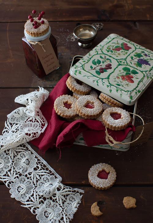 Linzer Cookies 3