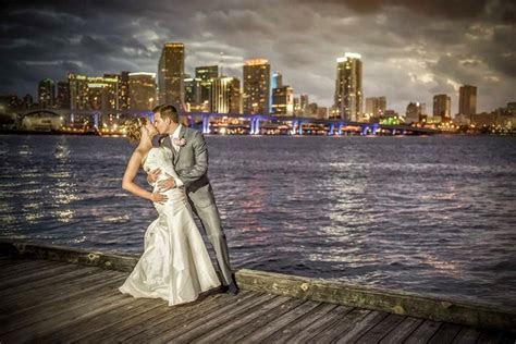 Top 20 Wedding Photographers in Florida