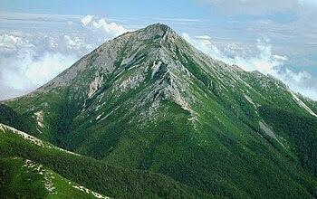 English: Mount Jōnen from_Mount_Akaiwa 日本語: 赤岩...