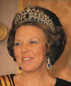 queenbeatrix.jpg