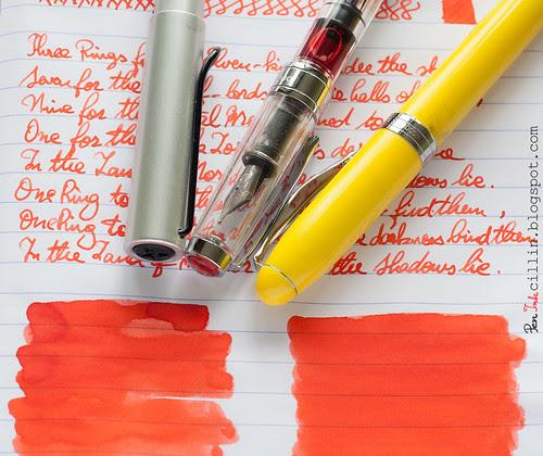 Iroshizuku Fuyu-gaki and pens