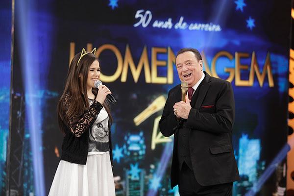 Maisa Silva e Raul Gil nos 50 anos de carreira de apresentador