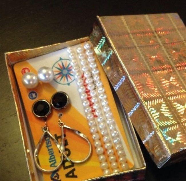 porta bijuterias de cartao vencido 8 usos inteligentes para o cartão de crédito vencido