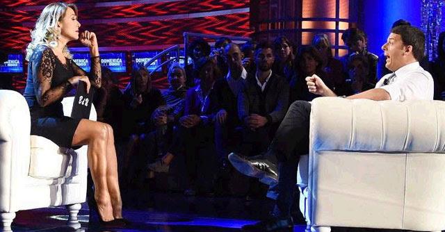 """Renzi, dalla D'Urso è ancora show: """"Bonus degli 80 euro anche alle neo-mamme"""""""