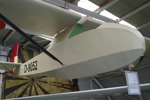 D9052