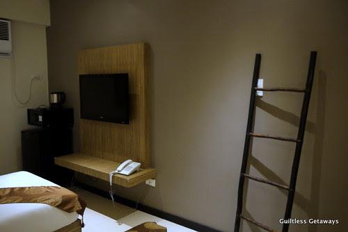 isuites-sakura-room.jpg