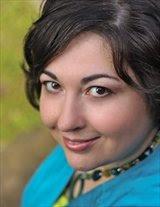 Stephanie Dray photo credit Kate Furek