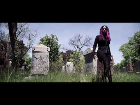 "VIDEO REVIEW: Chella H ""Aye Lil Boy""  @CHELLACHICAGO"