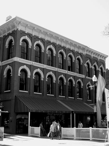 1 Market Square