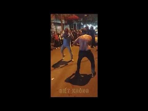 [video] Thanh niên nước ngoài  đánh nhau dữ dội và cái kết khiến nhiều người bất ngờ