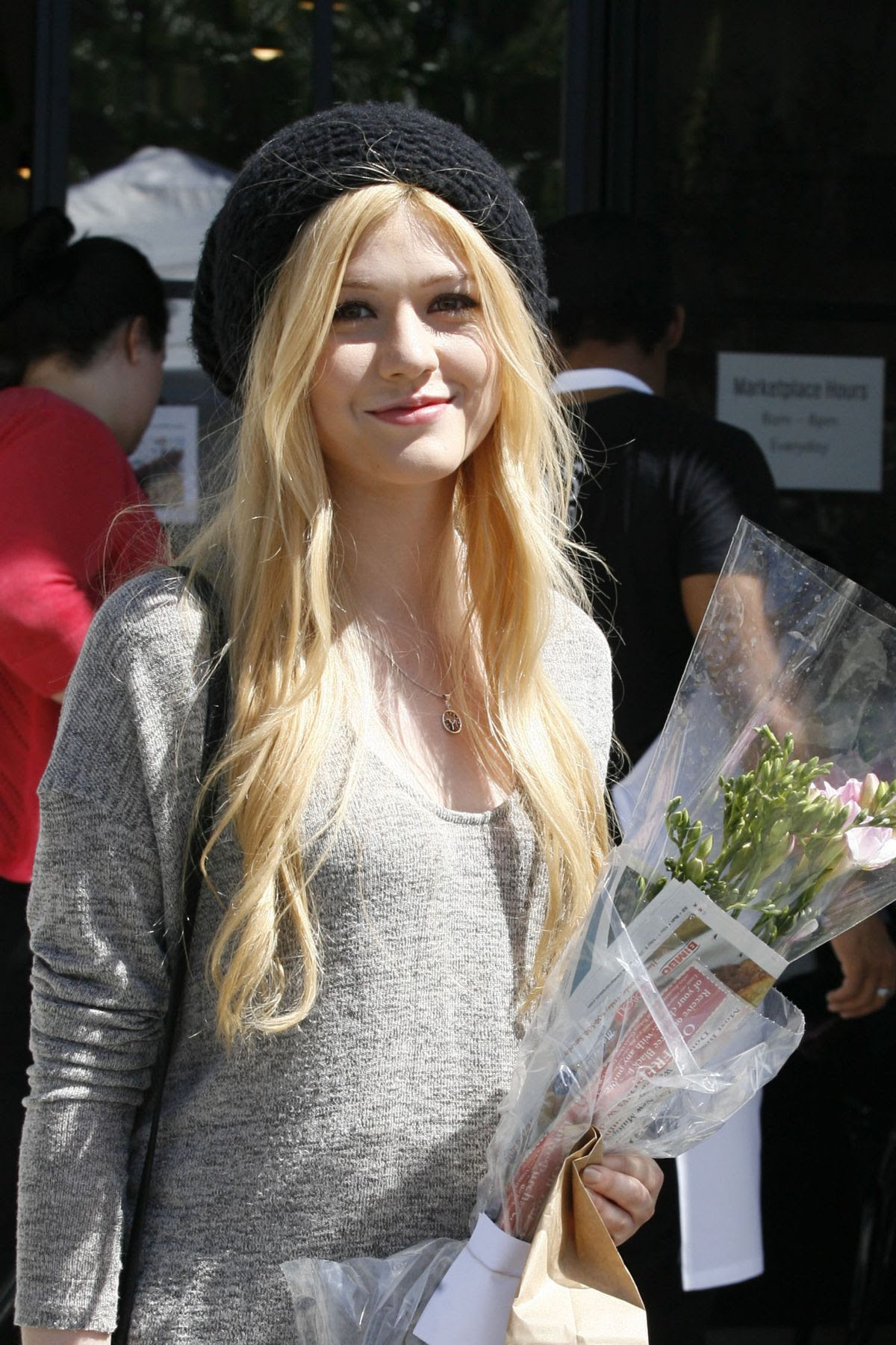 KATHERINE MCNAMARA Shopping at Farmers Market in Studio City