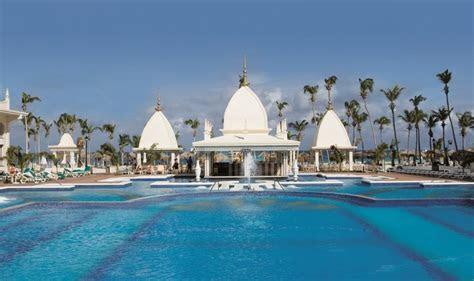 Riu Palace Aruba Wedding   Modern Destination Weddings
