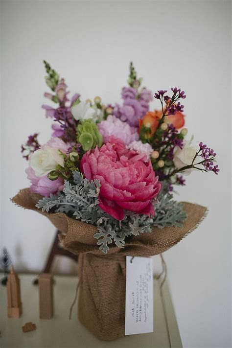 17 Best ideas about Rustic Flower Arrangements on