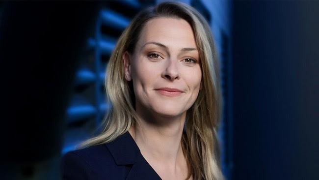 jornalista alemã direita Anja Reschke