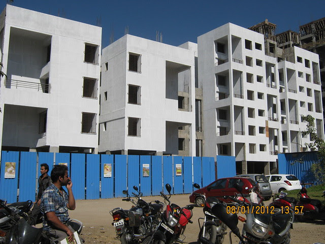 Al-Track Group's Zig Solis, Ziggurat Phase 2, 2 BHK & 2.5 BHK Flats on Katraj Dehu Road Bypass at Ambegaon Budruk, Pune 411 046 IMG_9200