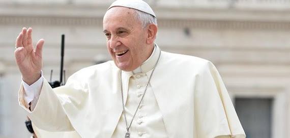 O papa fez o apelo diante de centenas de pessoas que compareceram à semanal audiência geral no Vaticano nesta quarta-feira, 18 -  LUCA ZENNARO/AFP
