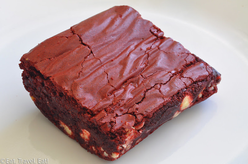 Deluscious Cookies and Milk- Los Angeles, CA: Red Velvet Chocolate Brownie