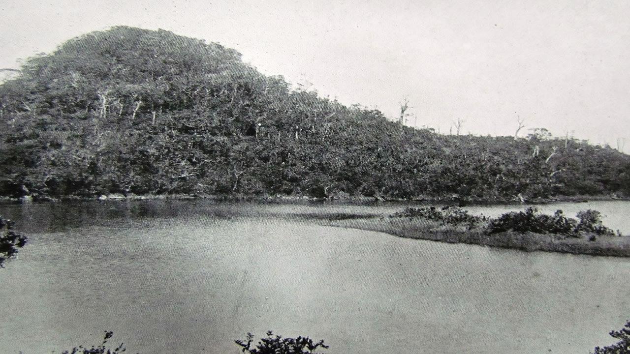 En 1914, le lac naturel était devenu un lieu de pélerinage pour les hindous.