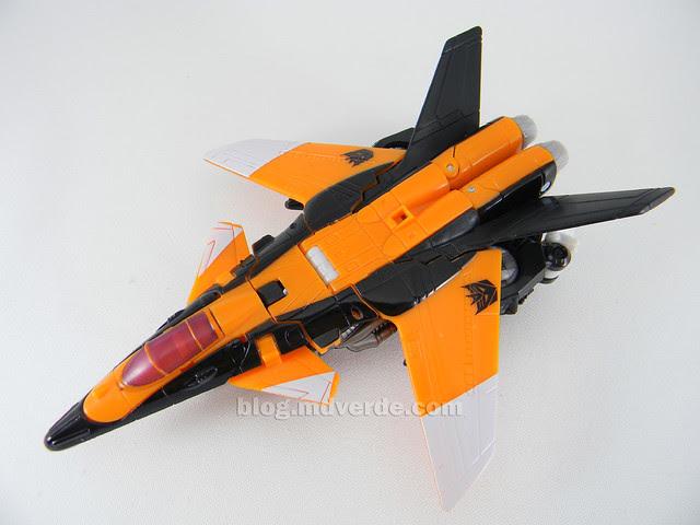 Transformers Terradive Hunt for the Decepticons Deluxe - modo alterno