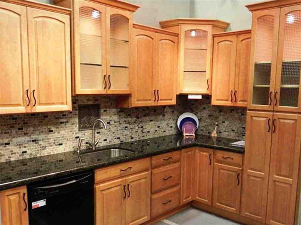 Kitchen Designs with Oak Cabinets - Decor IdeasDecor Ideas