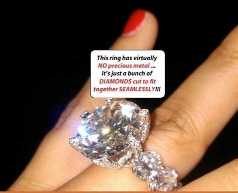 Floyd Money Mayweather's wife's diamond ring   Amazing