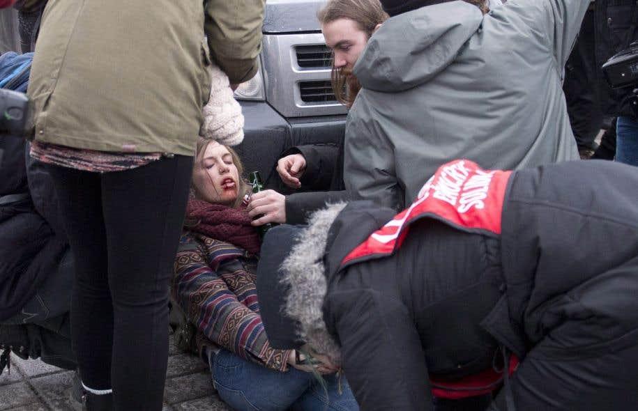 Une étudiante a été blessée au visage lors de la manifestation du 26 mars devant l'Assemblée nationale à Québec.