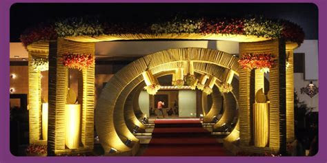 A WEDDING PLANNER: Indian Wedding Hall and Mandap Entrance