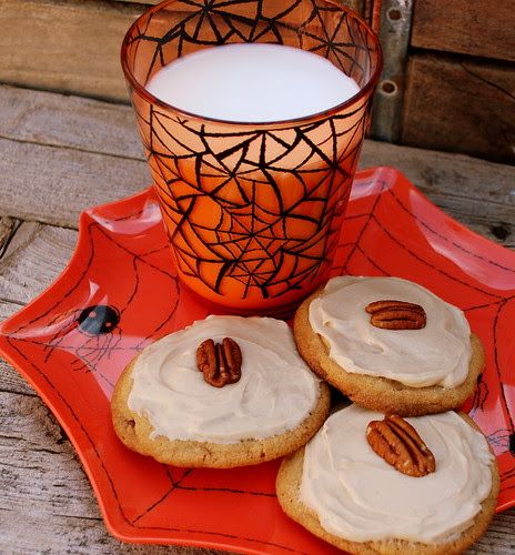 Maple Butter Pecan Cookies with Maple Frosting spiders