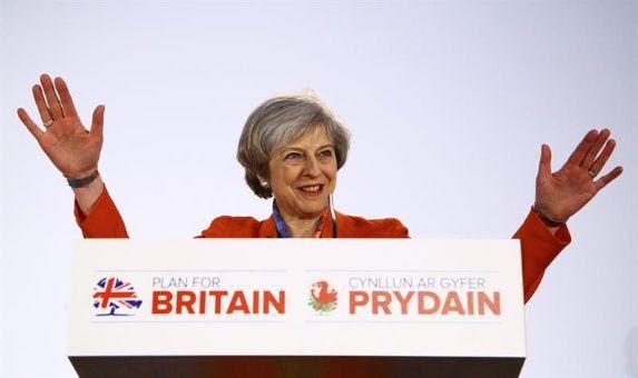 """Gran Bretaña activará el """"brexit"""" el 29 de marzo"""
