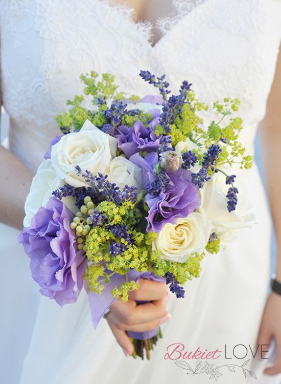 lawendowe wesele, bukiet  ślubny z lawenda, lawenda