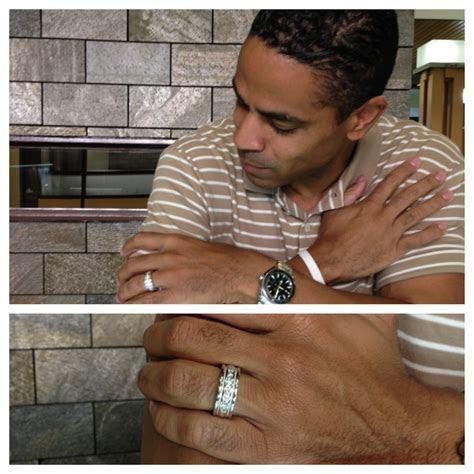 Men Wearing Wedding Rings = HOT   Robbins Brothers Blog