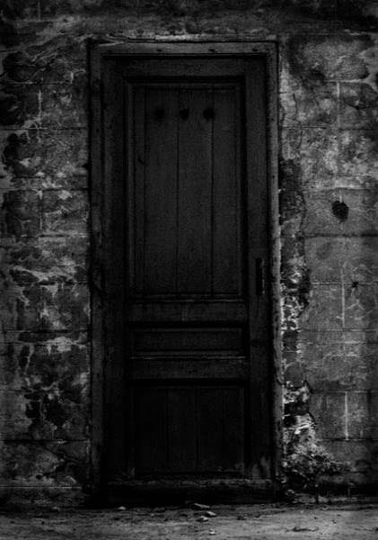 WHAT IS BEHIND THE DOOR? THE DOOR THAT OPENS TO END HOUSE. A PARTY IS AWAITING US, OR MAYBE SOMETHING ELSE IS WAITING BEHIND THE CLOSED DOOR.
