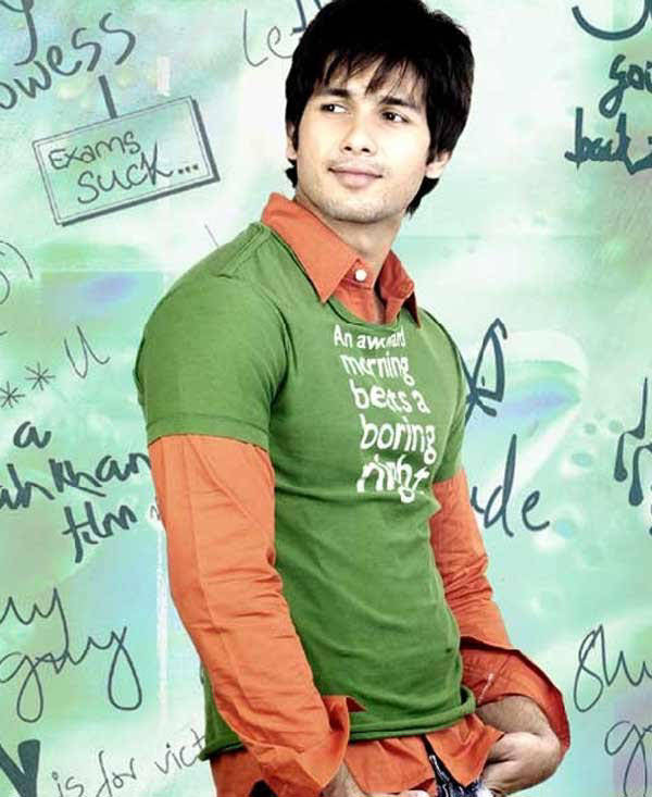 Shahid Kapoor Indian Film Actor cute and nice wallpaper