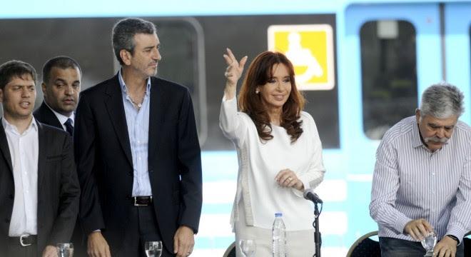 Cristina y Randazzo en el último acto que hicieron por los trenes