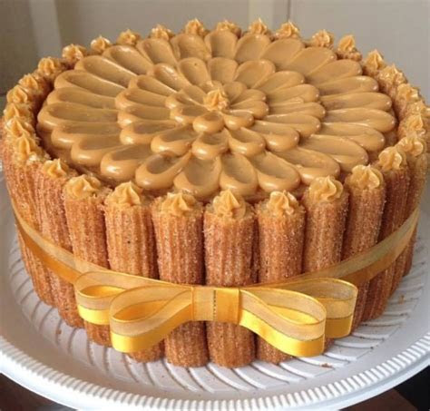Bolo de Churros.   Cakes   Churro cake, Churros, Sweets cake