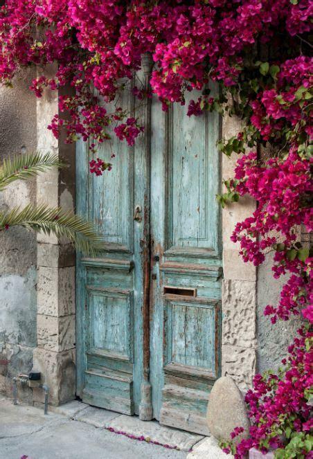 Best 25  Old doors ideas on Pinterest   Old door projects